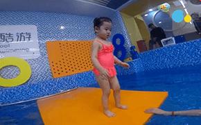 酷游亲子游泳陪伴宝宝们