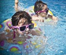 亲子游泳市场前景虽好,投资仍需谨